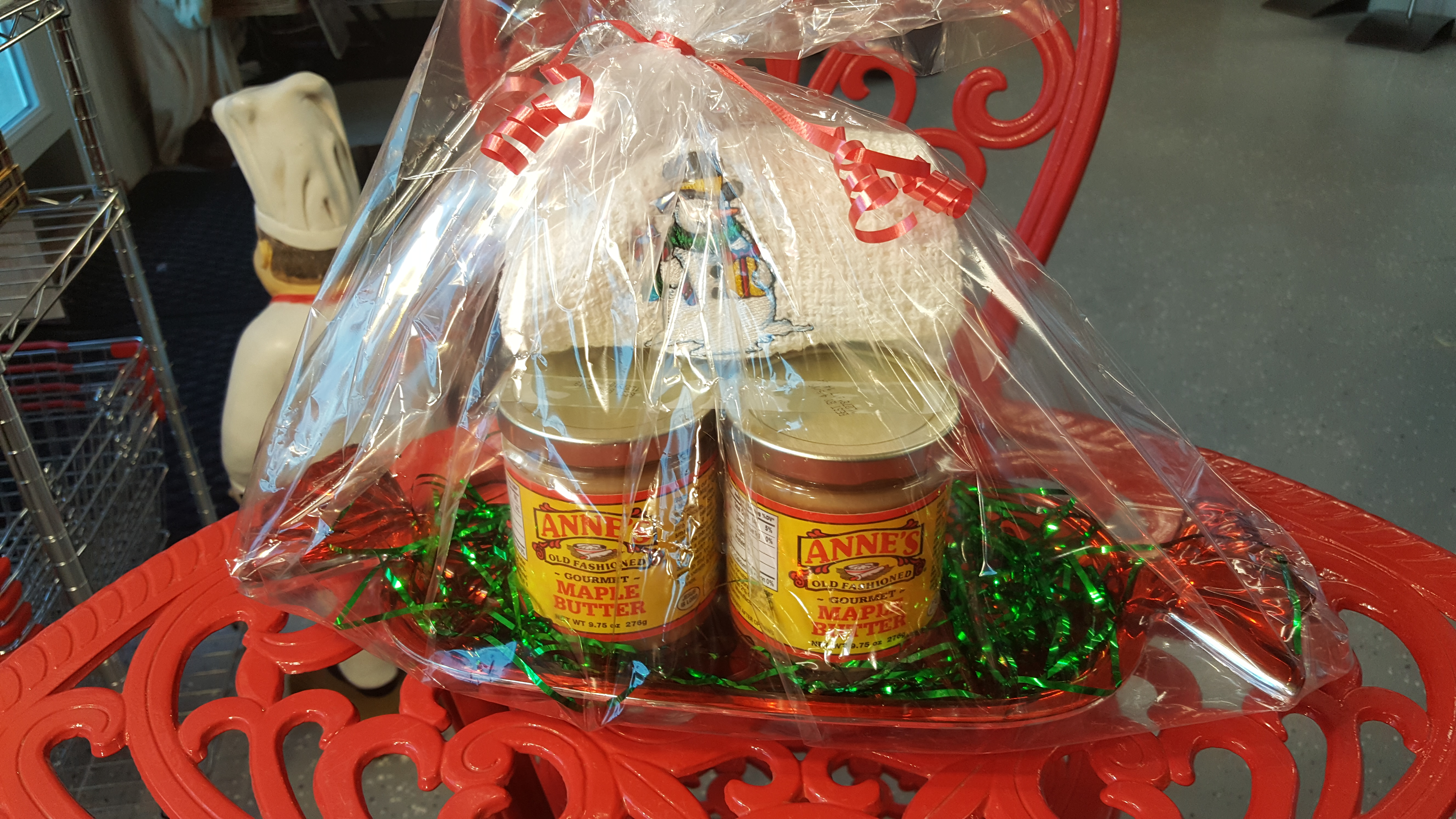 Maple Butter Gift Basket w/ Dish Towels
